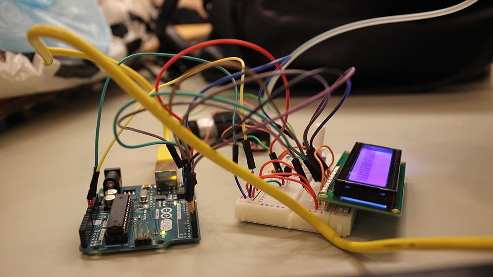 Test en posant un écran à led, pour voir ce qu'envoyait exactement Processing à Arduino